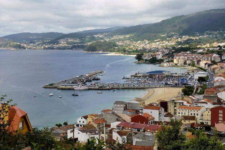 casa o muino bueu vista general del puerto